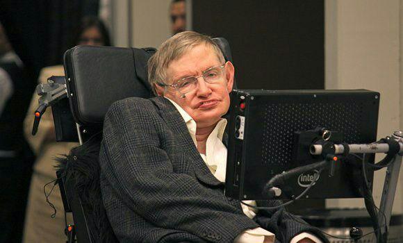استیون هاوکینگ در ۷۶ سالگی درگذشت